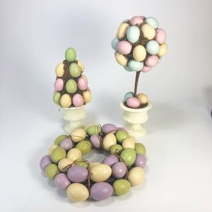 Lot of 3 spring egg decor Topiaries And Wreath